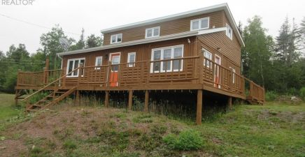 Point Of Bay, NL Real Estate