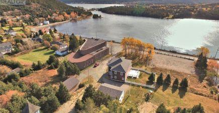 North River, NL Real Estate
