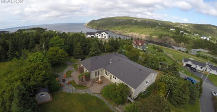 View 45 recently reduced homes in NL